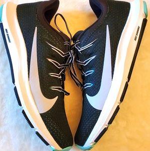Women nike quest 2 running shoes size 8